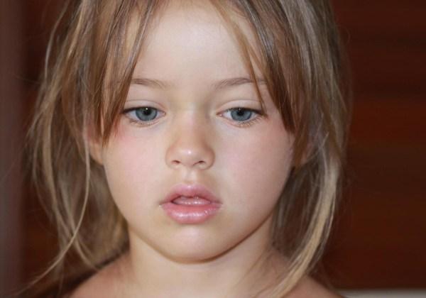 【驚愕】世界一爆乳な11歳の女の子がこちら。(画像2枚)