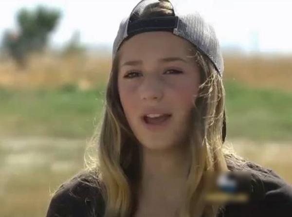 【閲覧注意】このかわいらしい12歳の少女がアップしたショッキングな写真・・・(6枚)