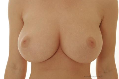 【ショック・・・】残念感がすごい乳首がコレ・・・(33枚)・14枚目