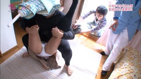 【画像】親が見たら泣きそうな恥態だらけな「アイドルの穴」のエロ・ハプニングシーンwwwwwww(33枚)・1枚目
