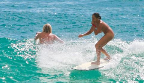 【裸サーフィン】男 前 す ぎ る お 姉 さ ん た ち を ご 覧 く だ さ い(画像31枚)・4枚目
