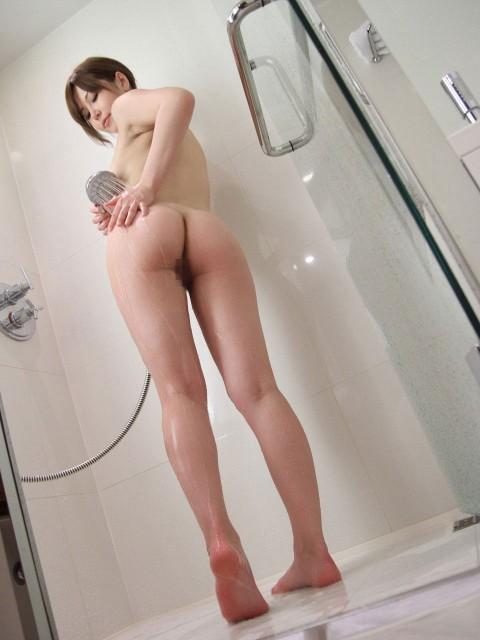 【画像あり】行為前にシャワー浴びてる女の子って後ろからぶち込みたくなるよなwwwww(24枚)・8枚目