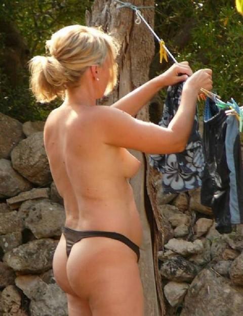 全裸で家事する女エロ杉だろwwwwwwwwwwww(画像31枚)・9枚目
