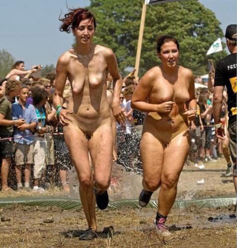 裸で割と本気でスポーツしてるエロ画像wwwwwww(31枚)・16枚目