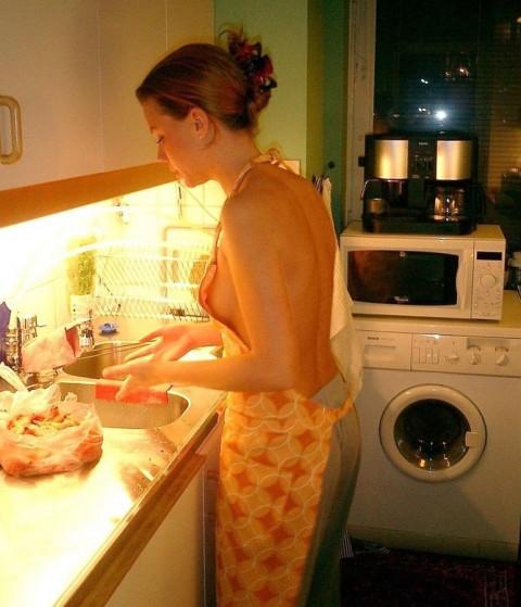 全裸で家事する女エロ杉だろwwwwwwwwwwww(画像31枚)・22枚目