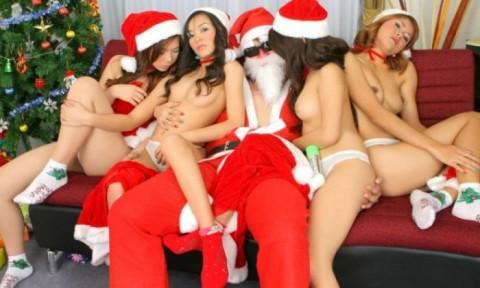 【画像】せっかくのクリスマスなのでサンタクロースのエロコスをご鑑賞くださいwwwwwwwwww・39枚目