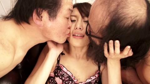 【閲覧注意】ブサメン・キモオヤジでしか興奮できない変態女とかヤバすぎだろ・・・・・・(※画像あり)・13枚目