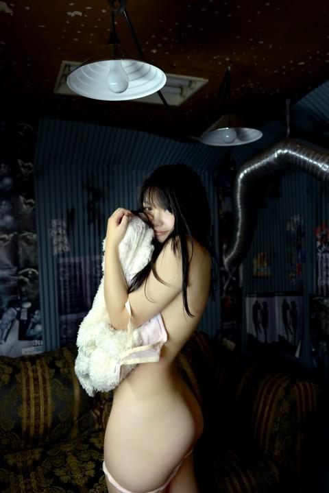 【衝撃】ユウジとだらしない体のアキバ系地下アイドルとのハメ撮りが見つかる。(※画像・動画あり)・25枚目