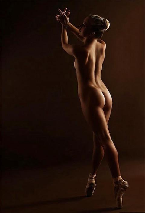 【画像あり】バ レ リ ー ナ に 裸 で や っ て ほ し い ポ ー ズ ま と め wwwwwwwwwwwwww(30枚)・14枚目