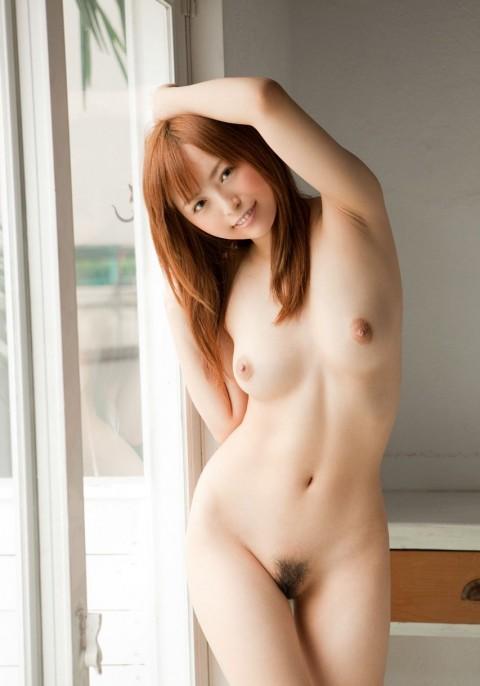 【検証】女性の整えられた陰毛画像集めてみた → 「19がベスト」「26ワロタw」「1と3は陰毛よりオッパイ」・19枚目