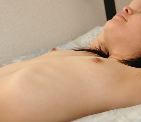 """貧乳を超越した""""無乳""""女子のエロ画像をご覧ください 161枚・162枚目"""