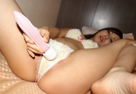 【 イマジン 】 彼 女 の 部 屋 で コ レ 見 つ け た 時 の 頭 の 中 が こ ち ら ・・・・・・・・(※画像あり)・1枚目