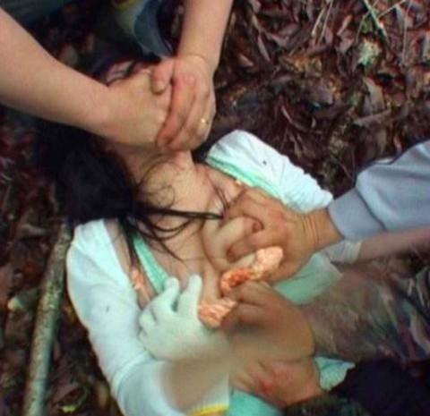 【レイプ】女は泣き叫んでないと興奮しないキチ野郎のための輪姦画像(32枚)・23枚目