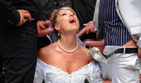【衝撃画像】結婚式当日にテンション上がってウェディングドレスのままセックスする夫婦たち(21枚)・20枚目