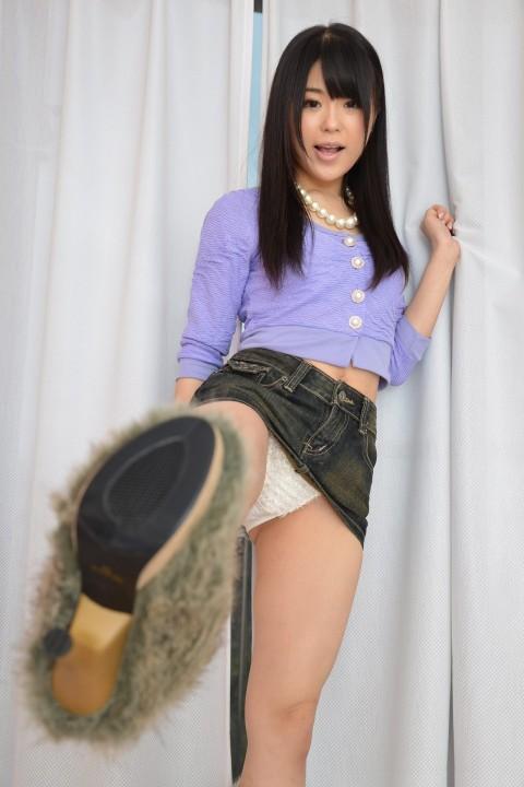 【当たり前】ミニスカートの女子がハイキックするとこうなる・・・・・・・・(※画像あり)・21枚目