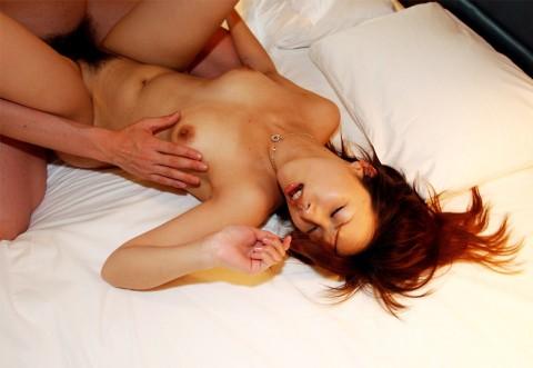 【画像あり】 セックス中に髪が異常に乱れる女って計算なの?(26枚)・7枚目