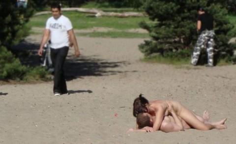 【画像】こうなったら終わり。セックス中毒のカップルの末路・・・(22枚)・5枚目