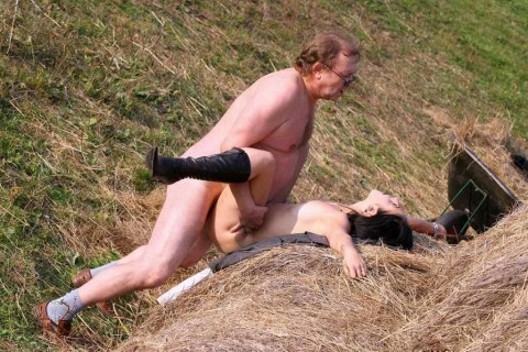 【画像】こうなったら終わり。セックス中毒のカップルの末路・・・(22枚)・7枚目