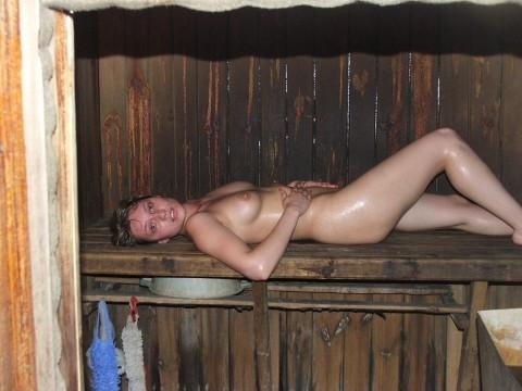 【天国】金髪美女が集まる全裸サウナエロすぎやろ・・・・・・・・・・・・・・・・・(画像29枚)・25枚目