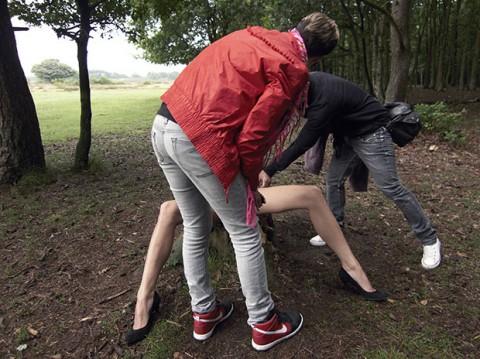 【不可抗力】ヌードモデルの撮影現場で勃起を隠すカメラマンたちワロタwwwwwwwwwwwwwwwww(※画像あり)・21枚目