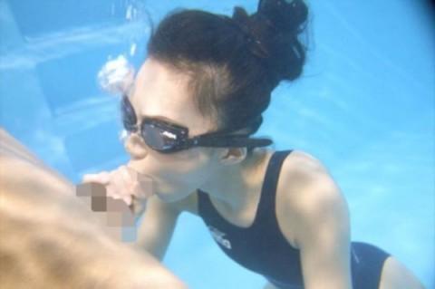 【画像20枚】こういうガチな競泳女子とのセクロスに興奮する奴いるの?・20枚目