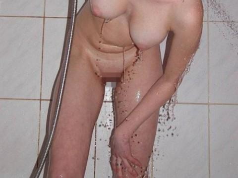 【激写】彼女がシャワーに入るって言うからカメラ持ってついて行った結果wwwwwwwwwwwww(画像26枚)
