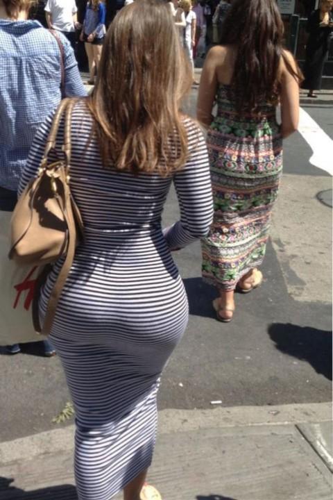 【ボッキ不可避】巨尻の彼女の後姿セックスアピールすご過ぎwwwwwwwwwwwwwwwww(※画像あり)・15枚目
