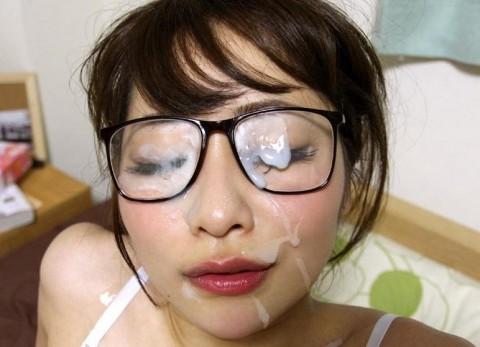 【画像あり】眼鏡っ子の彼女がセックス中なのにメガネ外さないので空気読んだ結果wwwwwwwwwwwww・10枚目