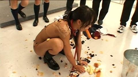 【悲惨】 集 団 に よ る 性 的 イ ジ メ の 酷 さ が よ く 分 か る 画 像 集 (27枚)・20枚目