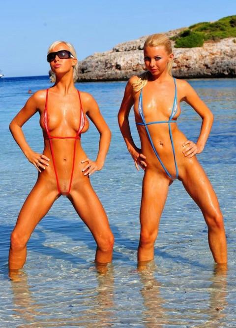 【画像】露出狂女御用達の水着がほぼ隠せていない件wwwwwwwwwwwwwwwwwwww(22枚)・14枚目