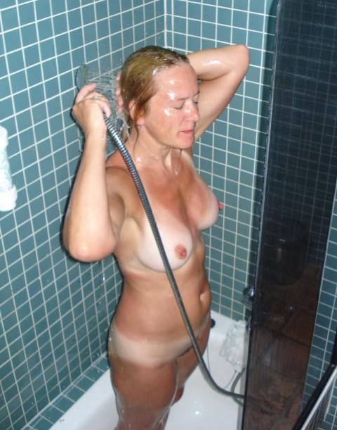 【激写】彼女がシャワーに入るって言うからカメラ持ってついて行った結果wwwwwwwwwwwww(画像26枚)・18枚目