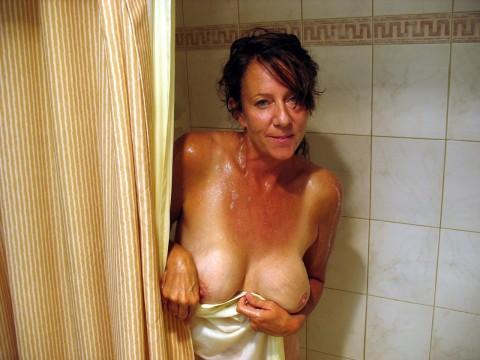 【激写】彼女がシャワーに入るって言うからカメラ持ってついて行った結果wwwwwwwwwwwww(画像26枚)・2枚目