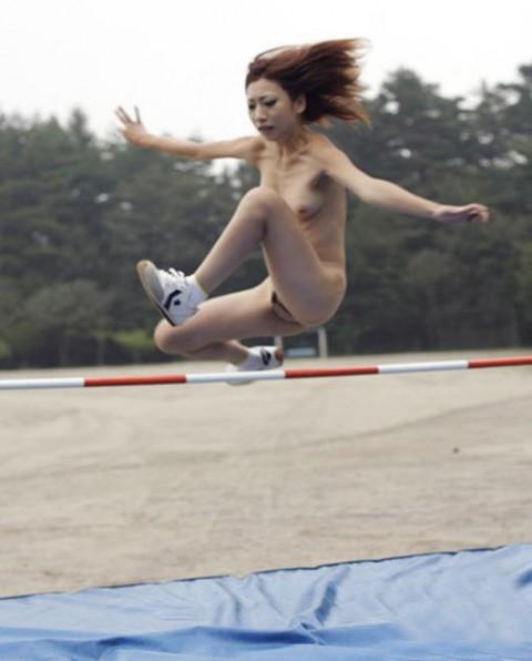 【妄想画像】もしもあの女子スポーツを全裸でやったら・・・・・・・・・・(20枚)・2枚目
