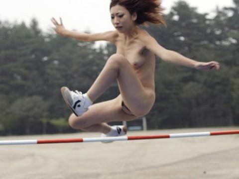 【妄想画像】もしもあの女子スポーツを全裸でやったら・・・・・・・・・・(20枚)・1枚目