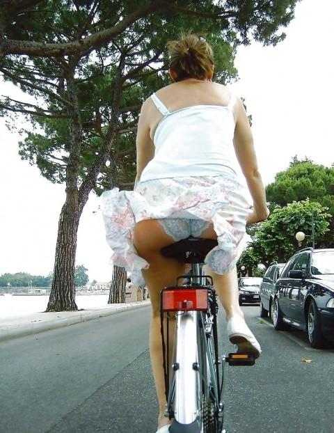 【男の性】ミニスカートの自転車女子を見ると後ろを走ってしまう理由がこちらwwwwwwwwwwww(※画像あり)・10枚目