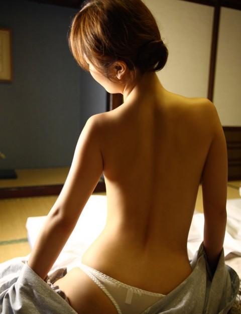 【画像あり】温泉旅行来てるんだけど彼女がこんな感じで挑発してくるんだがwwwwwwwwwwwwwwwww・3枚目