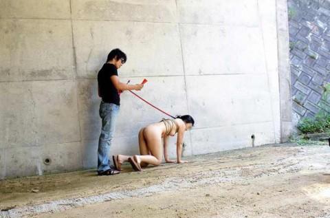 【画像あり】彼 女 が ド M な 裸 族 で 手 に 負 え な い wwwwwwwwwwwwwwwwwwww・20枚目