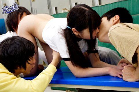 【ロ●コン大国】これ見て興奮するオッサンがこの日本にどのくらいいるのだろう・・・(画像あり)・7枚目