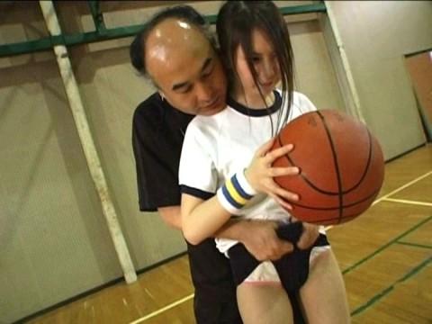 【スクープ!】日常茶飯事!コーチが指導の名のもとにわいせつな行為を働くスポーツ界の現状!!!!!・7枚目
