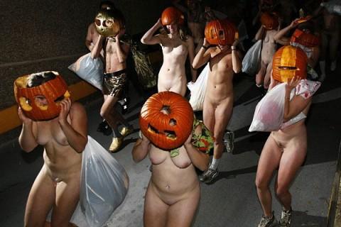 【画像あり】露出狂がハロウィンパーティした結果wwwwwwwwwwwww(21枚)・15枚目