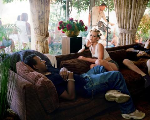 【AV現場】監督「男優君、とりあえず自分で勃たせてねー」女優「私こいつらじゃ濡れないわ!」男優「あ?(シコシコ…)」の絵ヅラ。・14枚目