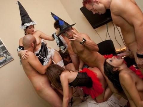 【18歳以上限定】本場のハロウィンパーティをご覧くださいwwwwwwwwwwwww(画像23枚)・14枚目
