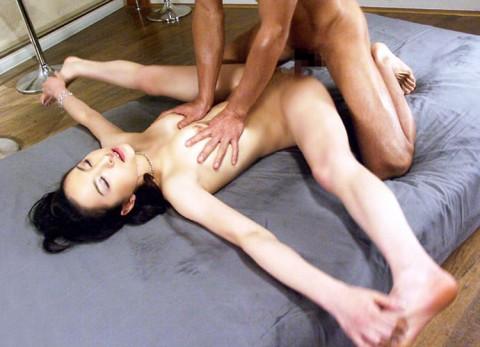 【画像あり】マタワリができる女の子とのセックスって楽しそうwwwwwwwwwwww(21枚)・13枚目