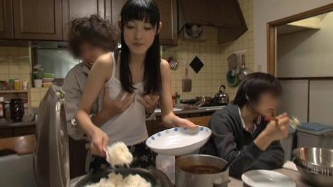 【ドン引き】近親相姦が日常化してしまった家庭の風景をご覧ください(※画像あり)・9枚目