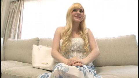 【悲惨】芸能活動に興味がある白人ロリ女子大生が日本に留学してしまった結果wwwwwww(※画像あり)・15枚目