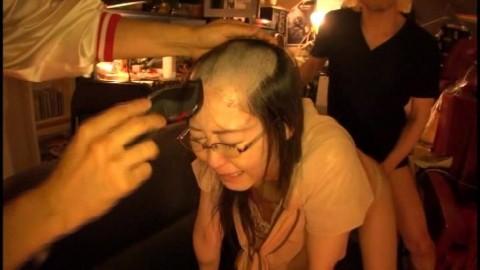 【トラウマ】地味なOLをAVに出演させて髪まで剃ってみた結果wwwwwwwwwwwwwww(※画像あり)・11枚目