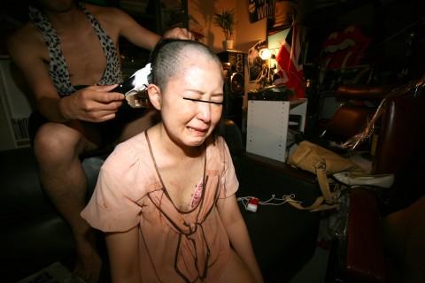 【トラウマ】地味なOLをAVに出演させて髪まで剃ってみた結果wwwwwwwwwwwwwww(※画像あり)・16枚目