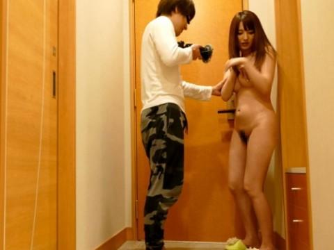 (性的搾取)一人の10代小娘がモデル収録と騙され、ハメられ、AVとして販売されるまで・・・(※写真あり)