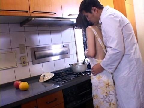 【画像あり】彼女に手料理作ってもらいたいもう一つの理由がこちらwwwwwwwwwwww・11枚目