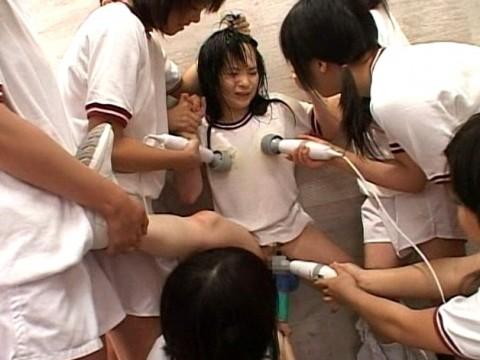 【閲覧注意!】」 女 子 同 士 の イ ジ メ が 凄 惨 す ぎ る → ご 覧 く だ さ い ・ ・ ・ (画像29枚)・3枚目